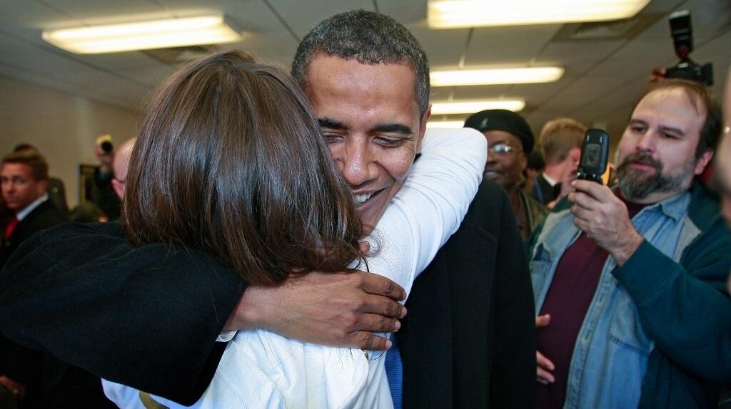 President Barack Obama Picks Up Lunch At Chicago Deli