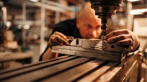 Manufacturers Call For Furlough Scheme Extension As Firms Rye Job Cuts