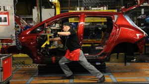 Car Manufacturing Slump Puts Brakes On UK Economic Growth