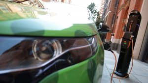 £28m Government Fund To Develop Batteries For Electric Vehicles