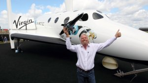 Richard Branson's Virgin Galactic To Become First Public Space Company