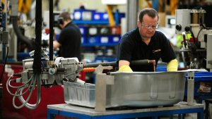 UK Factory Orders Fall At Fastest Rate For Seven Years