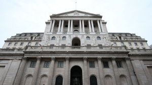 Bank To 'Sit Tight On Rates' Amid Growing Recovery Optimism