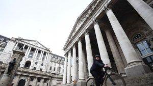 FTSE 100 Reaches New 14-Month High