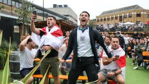 England Fans Expected To Buy More Than 50,000 Pints A Minute During Euro Semi