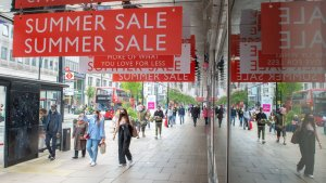 Staycations Help Maintain Recovery In Shopper Footfall In August