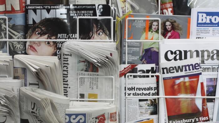 Newspaper and Magazine display Rack