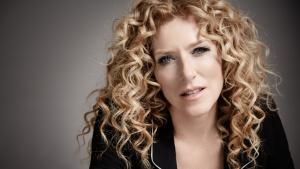 How Kelly Hoppen Designs Stuff