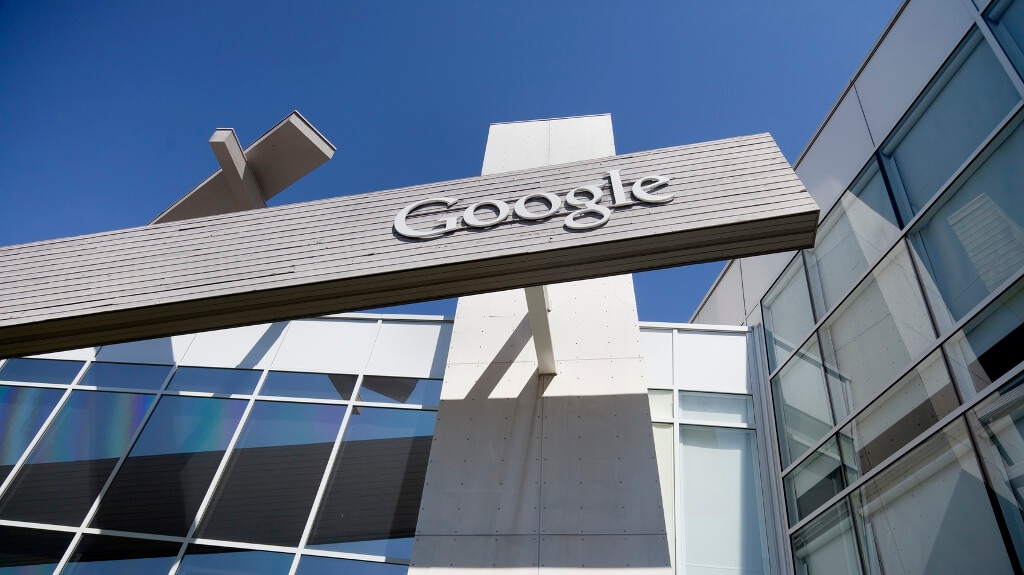 Google to crack down on intrusive mobile ads