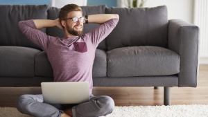 Laid Back Leadership: Why It Pays To Be Hands Off